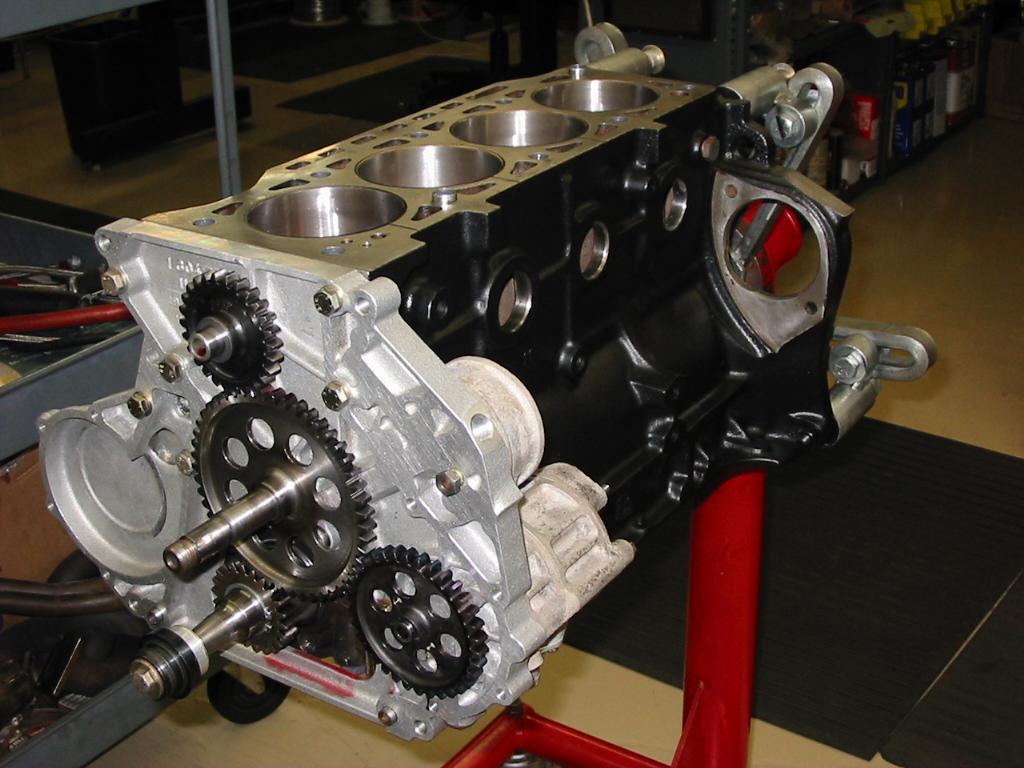 Porsche 996 Turbo >> BMW 320 Turbo IMSA Race Engine – performancedevelopments.com